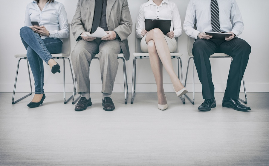 candidates-waiting-for-interview .jpg