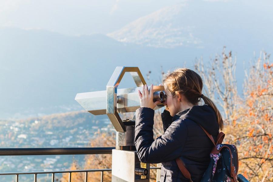 looking-at-scenery.jpg